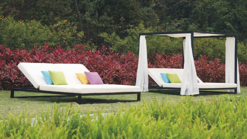 outdoor sunbeds rental